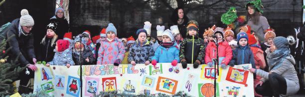 Die Kinder aus den Pritzwalker Ortsteilen übernahmen das Auftaktprogramm.