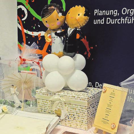 Die Ballontürme von Manuela Knuth sind Hingucker.